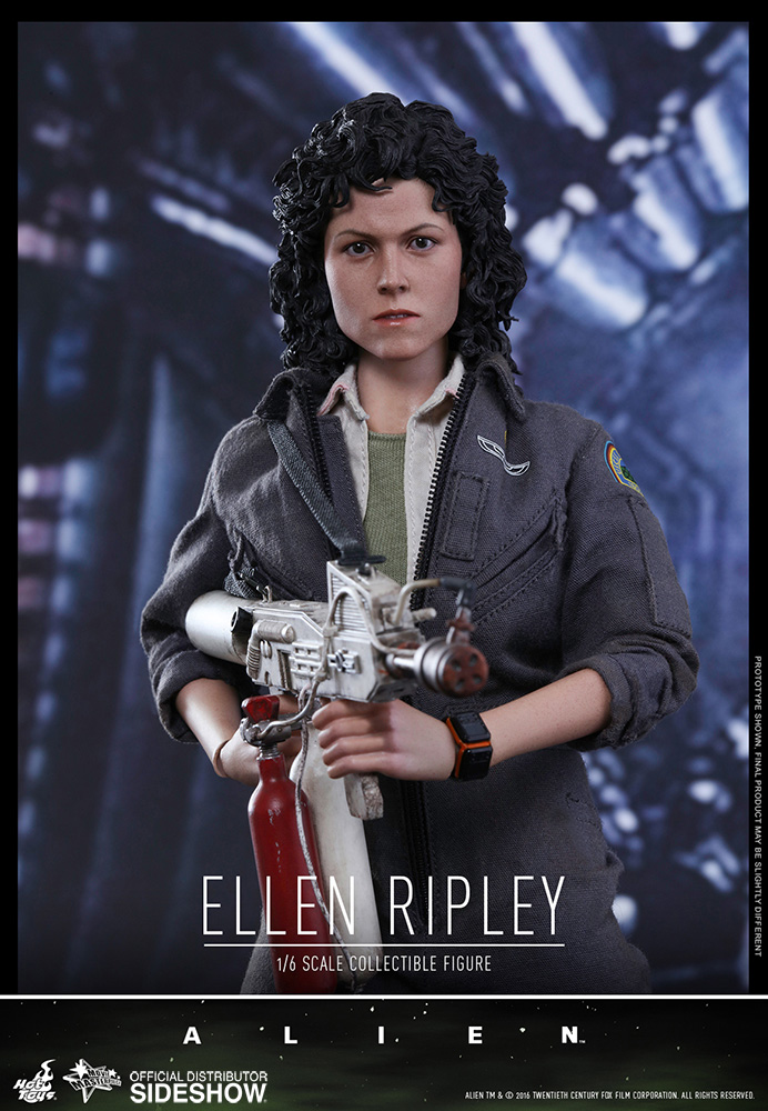Ellen Ripley Sixth Scale Figure by Hot Toys